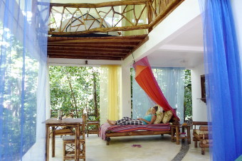 Picture of the house in the rainforest with large terrace to relax